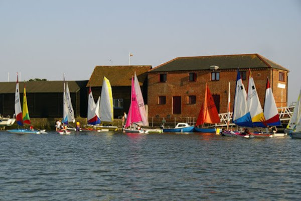 Dell Quay Sailing Club