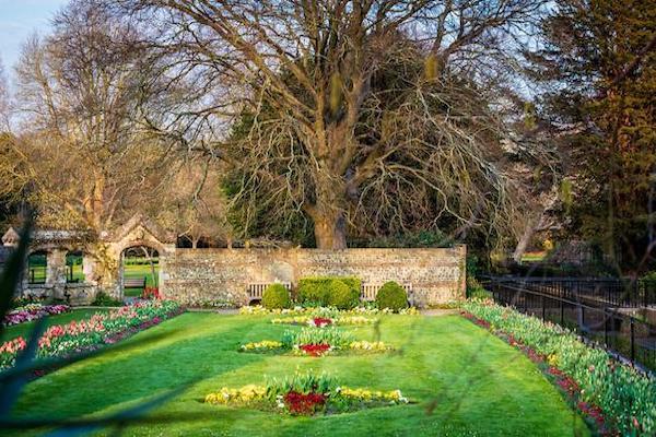 Southover Grange Gardens