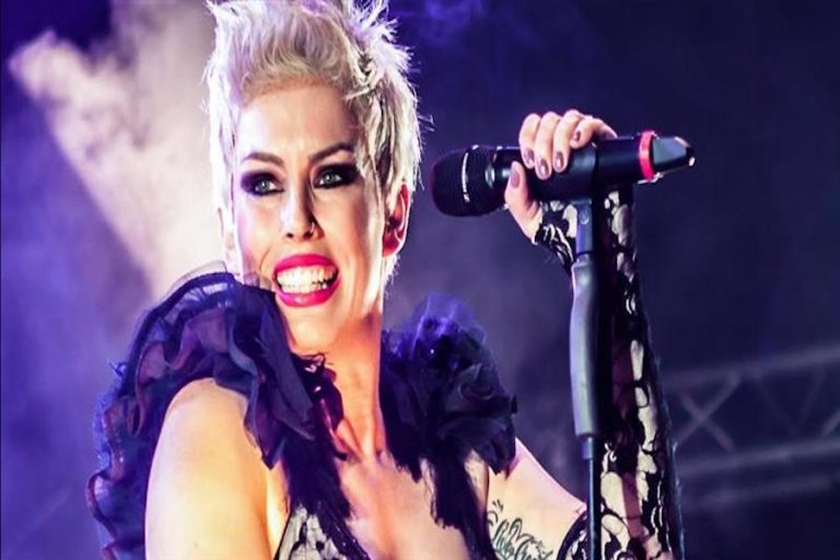 Pink Tribute Show at Eastbourne Bandstand