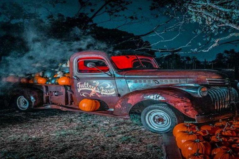 Pumpkin Nights at Tulleys Farm